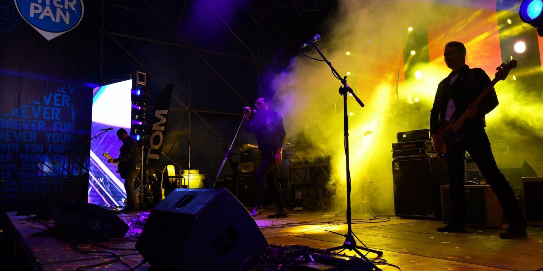 velvet dress cover band